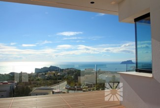 New luxury Villa in Cumbre del Sol (Alicante)