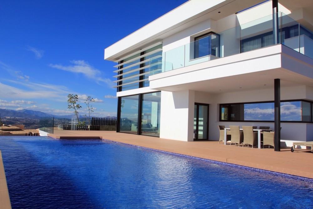 Villa de lujo en Cumbre del Sol (Alicante)