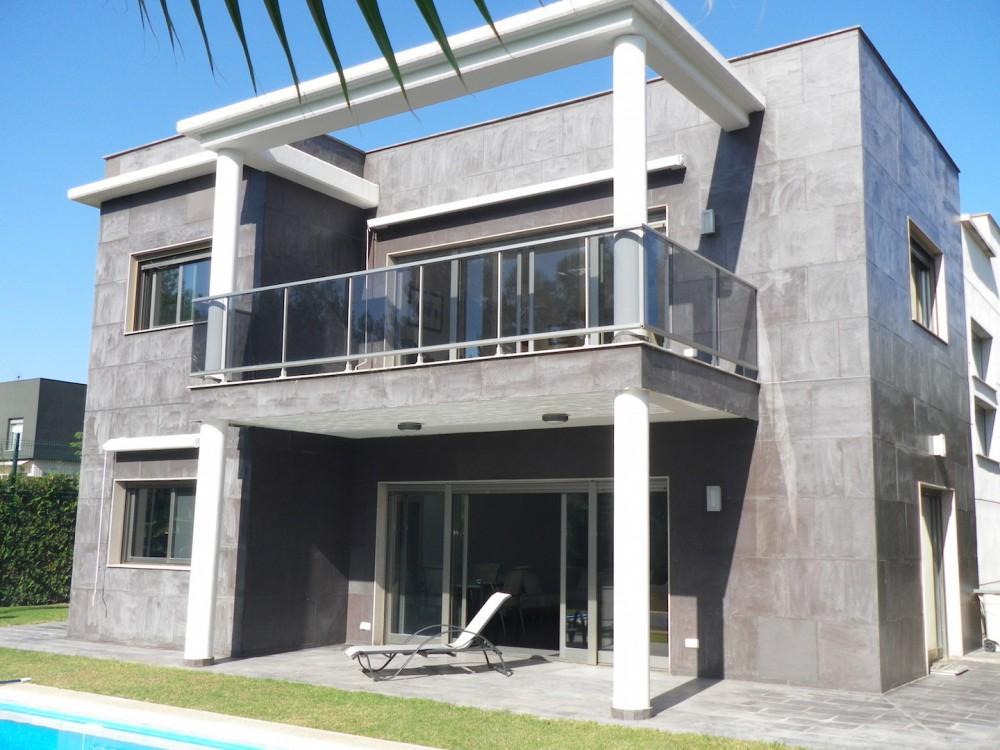 Вилла в элитной урбанизации в Валенсии (Эль Боске)
